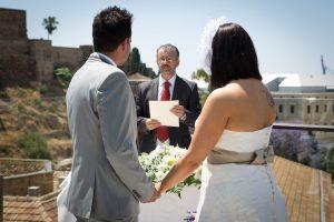 Oficiantes de bodas Malaga Marbella Ronda Antequera bodas civiles en español frances ingles aleman sueco